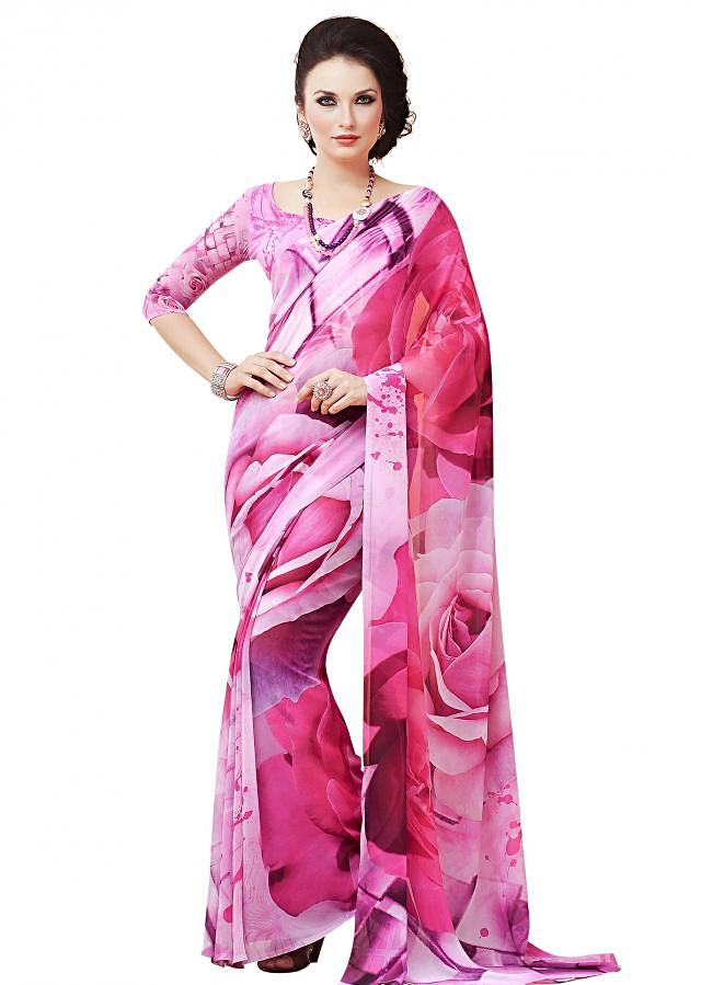 Pink saree enhanced in abstract print