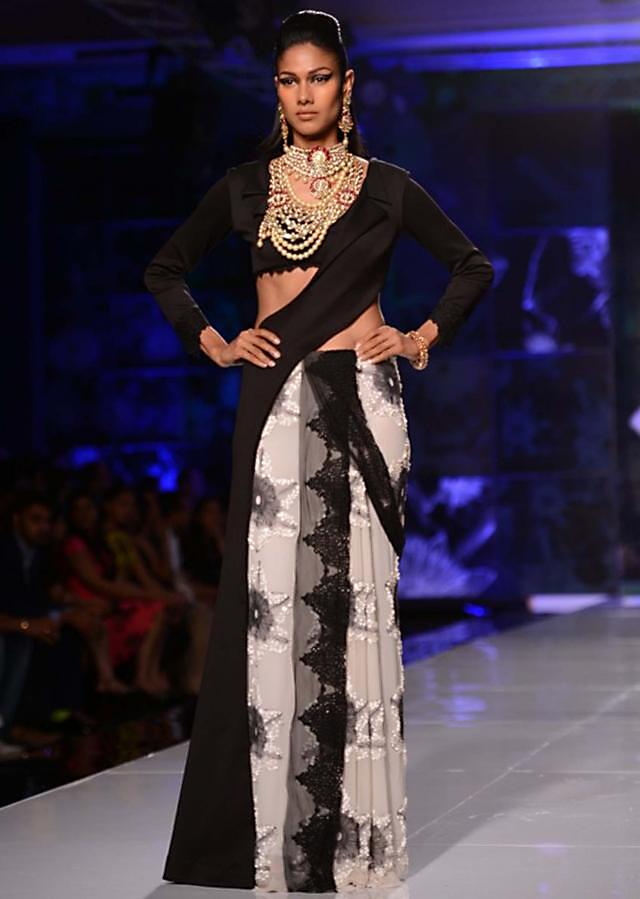 Satya Paul and Masaba Demi Couture collection at the PCJ Delhi Couture Week 2013 S31