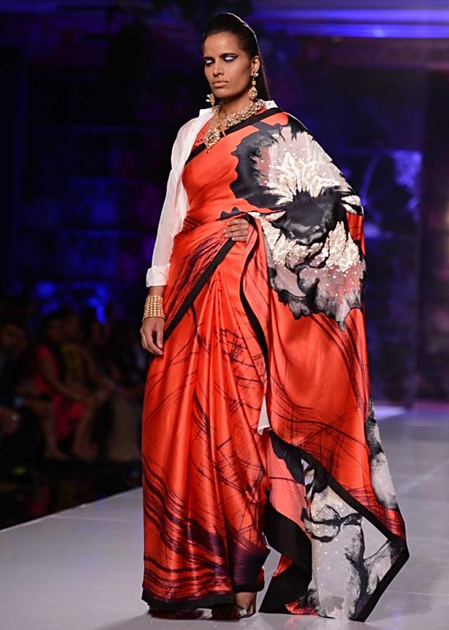 Satya Paul and Masaba Demi Couture collection at the PCJ Delhi Couture Week 2013 S38