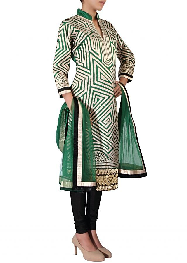 Straight fit suit adorn in applique embroidery only on Kalki