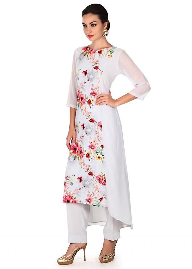 Straight suit in grey enhanced in floral print only on Kalki