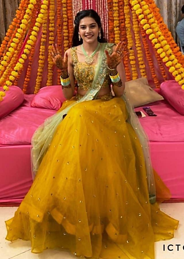 Sun Yellow Lehenga Choli Hand Embroidered With Floral Jaal Pattern Along With Apple Green Dupatta Online - Kalki Fashion