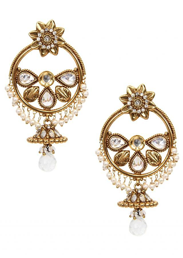 Tradional ethnic design earring hand made with brass and kundan