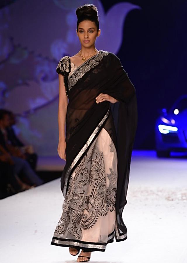 Varun Bahl ethnic collection at PCJ Delhi Couture Week 2013 VB20