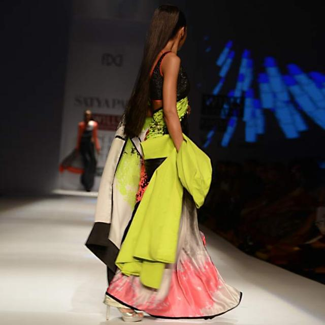 Wills Fashion Week 2013 Collection by Satyapaul 06