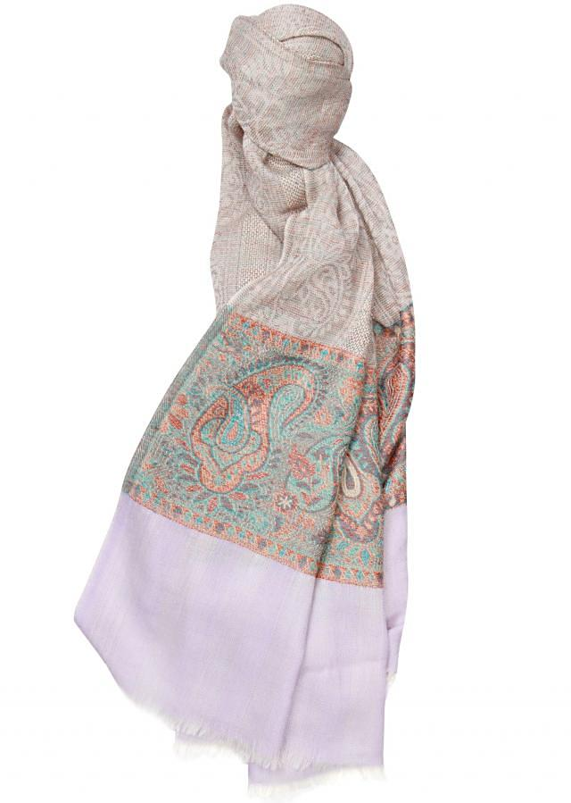 Winter shawl featuring in grey viscose only on Kalki
