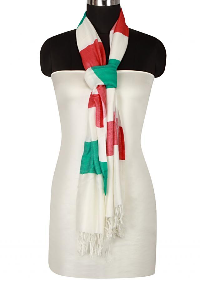 Winter shawl featuring in white, red and green viscose only on Kalki