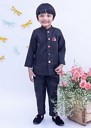 Black Bandhgala Set In Suiting Fabric With Mirror Embroidered Buttons By Fayon Kids