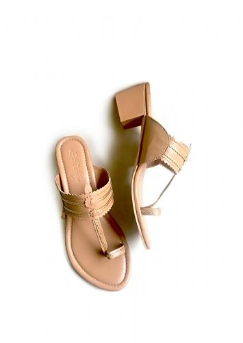Beige Kolhapuris With Block Heel And Braded Design By Sole House