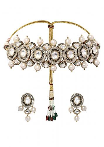 Classic Choker Set With Golden Shell Pearl And Kundan  Online - Joules By Radhika