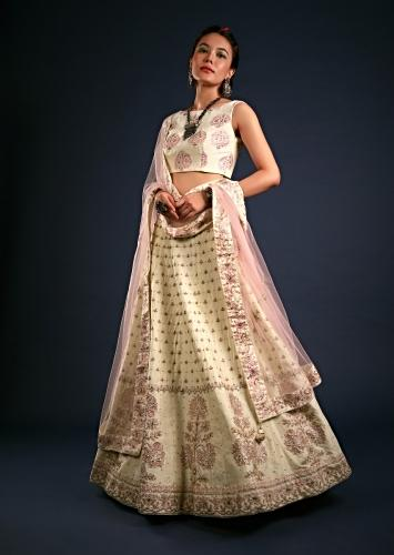 Off White Lehenga In Silk With Foil Printed Buttis And Floral Motifs On The Border Along With Cut Dana Accents Online - Kalki Fashion