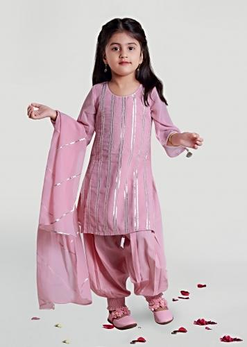 Pastel Pink Kurta And Harem Pants Set With Lace Detailing By Mini Chic
