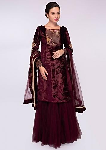 Raw silk lehenga with net gathers paired with velvet long top and matching  net ... 409 6c44e04a5