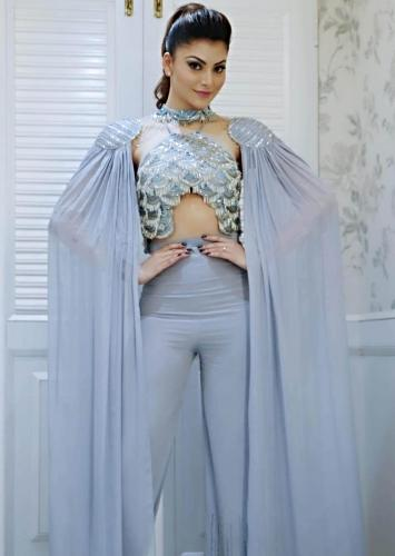 b7672f0037d7 Urvashi Rautela in kalki halter neck jumpsuit styled with pleated draped  shoulder pads attached with the