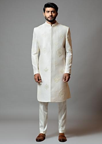 White Sherwani Set In Raw Silk With Bullion And Pistil Embroidery By Smriti Apparels