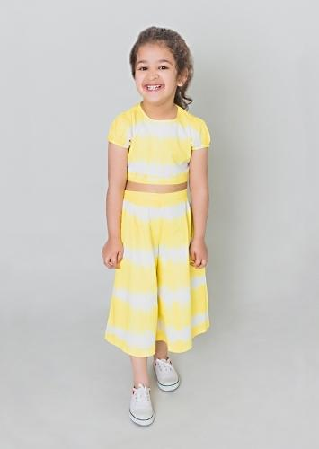 Yellow Backless Crop Top And Culottes Set In Cotton With Tie - Dye Print By Tiber Taber